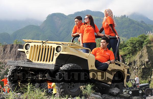 Mau Wisata Adrenalin Di Jogja Sewa Jeep Lava Tour Merapi Aja Paket Outbound Jogja Tempat Outbound Di Jogja Jogja Outbound