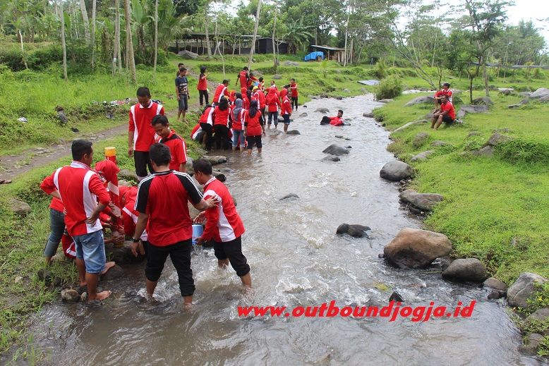 Outbound di Ledok sambi kaliurang
