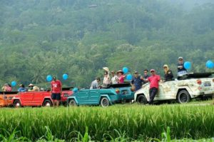 Amazing Race VW Tour Borobudur