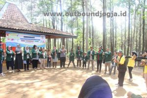 trainer outbound jogja