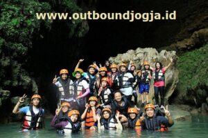 harga outbound di Goa Kalisuci