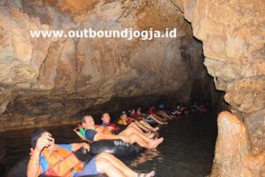 harga outbound di Goa Pindul I
