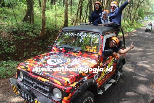 Wisata Jeep Becici